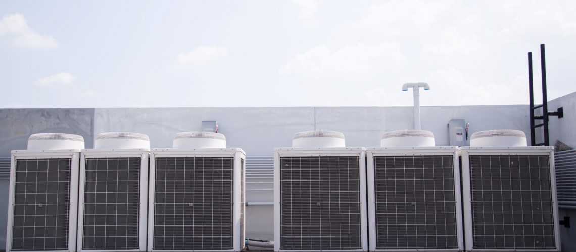 System of central conditioning set on the roof of the building
